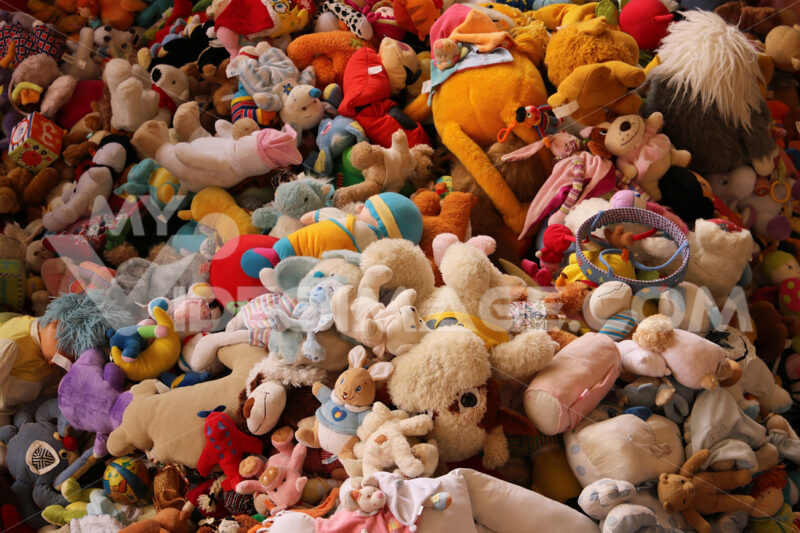 A mountain of puppets at the Mercat Dell Encants in Barcelona. - MyVideoimage.com