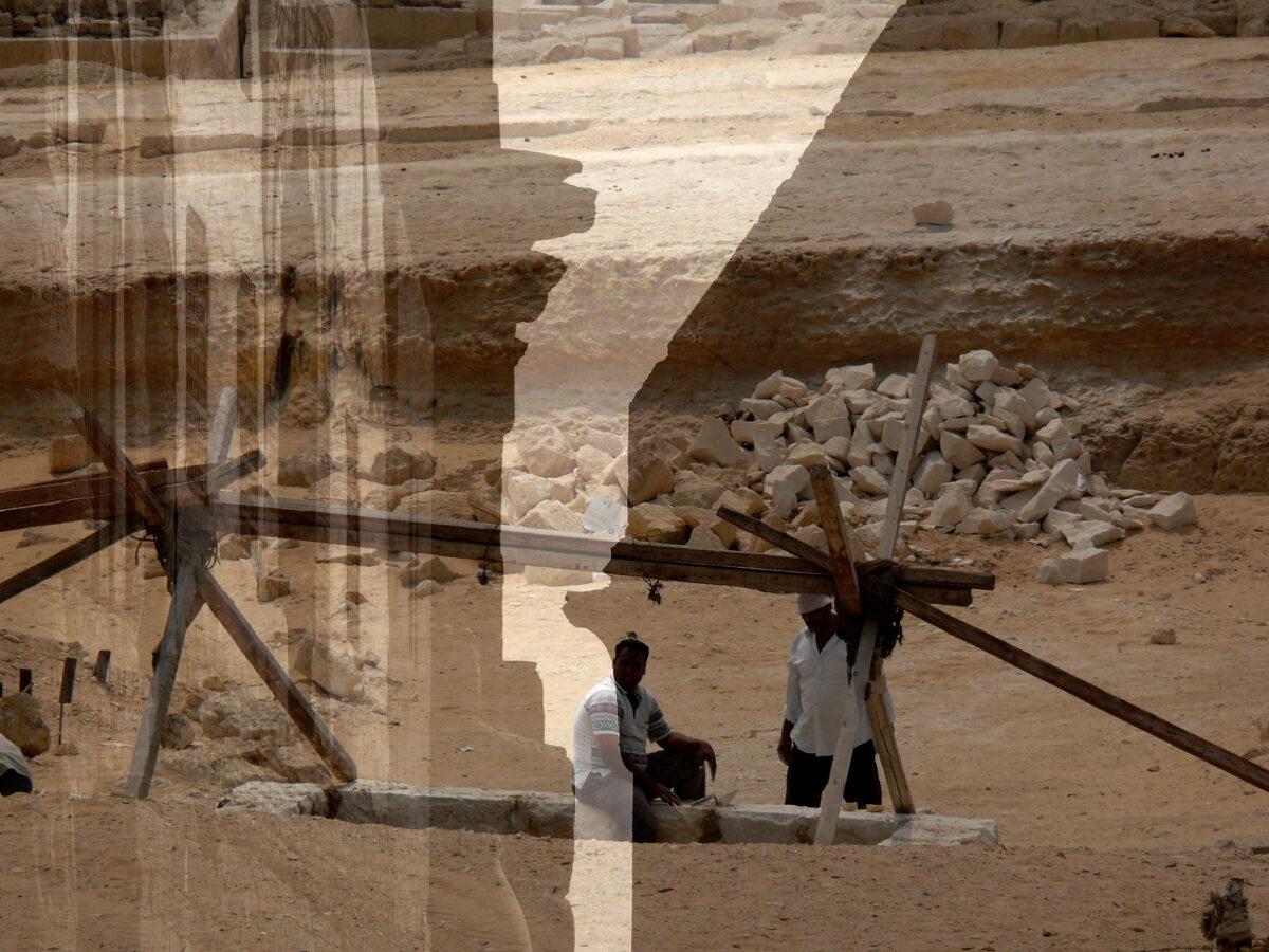 Builders. Foto d'arte di Paolo Grassi scattata in Egitto