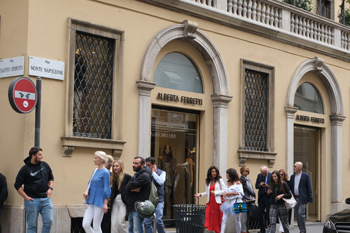 Alberta Ferretti boutique  with shop windows on Via Montenapoleo - MyVideoimage.com