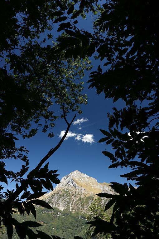 Alpi Apuane, Forte dei Marmi, Lucca, Tuscany, Italy. Monte Pania della Croce. - LEphotoart.com