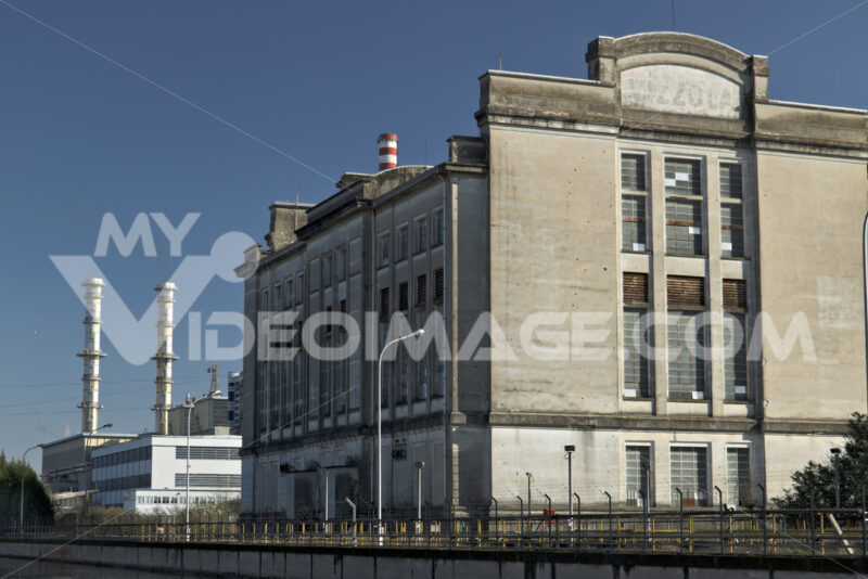 Ancient Turbigo power station, located along the Naviglio Grande. - MyVideoimage.com | Foto stock & Video footage