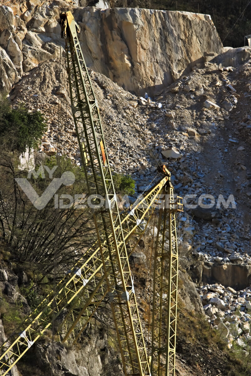 Apuan Alps, Carrara, Tuscany, Italy. March 28, 2019. An overhead crane in a white marble quarry - LEphotoart.com