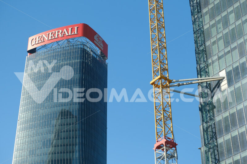 Assicurazioni Generali tower of Zaha Hadid, a complex of three towers. Milan. Libeskind tower of PwC under construction to Citylife. Milano foto - LEphotoart.com