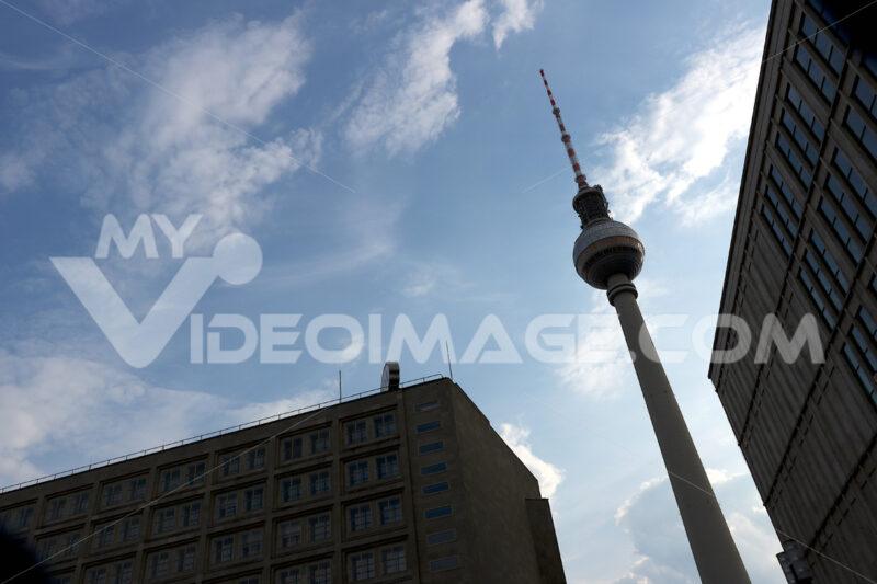 Berlin, Germany, 13 June 2018. The television tower at Alexander Platz. Foto Berlino.