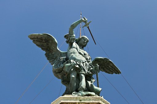Bronze angel above Castel Sant'Angelo. Stock photo royalty free. Roma foto. Città italiane. Italian cities.