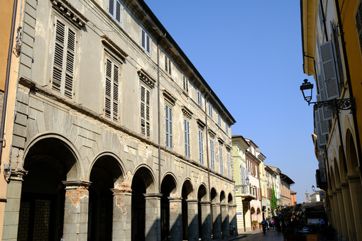 Building degradation in Busseto. Orlandi Palace in Busseto. Stock photos. - MyVideoimage.com | Foto stock & Video footage