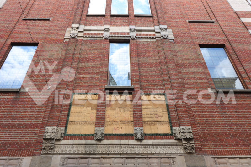 Building designed by the great Dutch architect. Beurs van Berlag - MyVideoimage.com