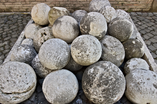 Cannon balls in white marble. A pile of marble balls used for ca - MyVideoimage.com