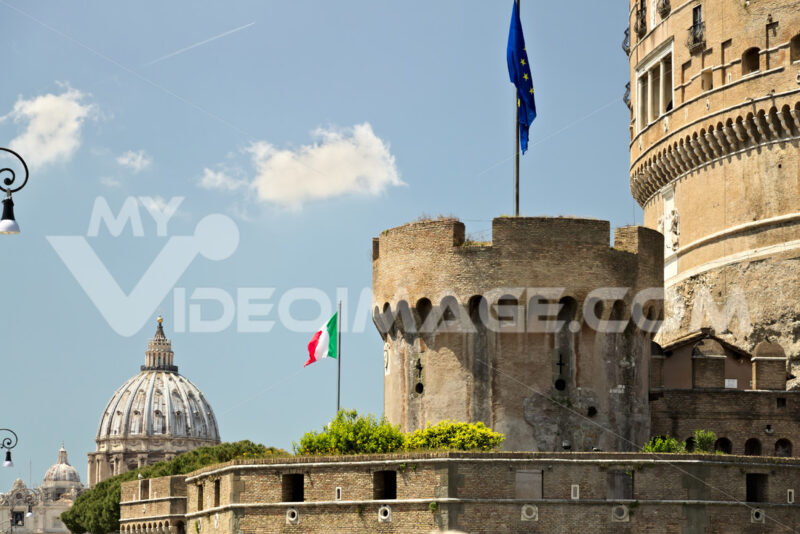 Castel Sant'Angelo with the European flag. - MyVideoimage.com