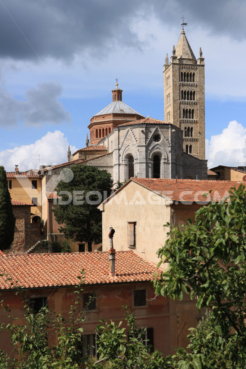 Cathedral of San Cerbone and the bell tower of Massa Marittima. The church located in Piazza Garibaldi is in Romanesque and Gothic style. - MyVideoimage.com