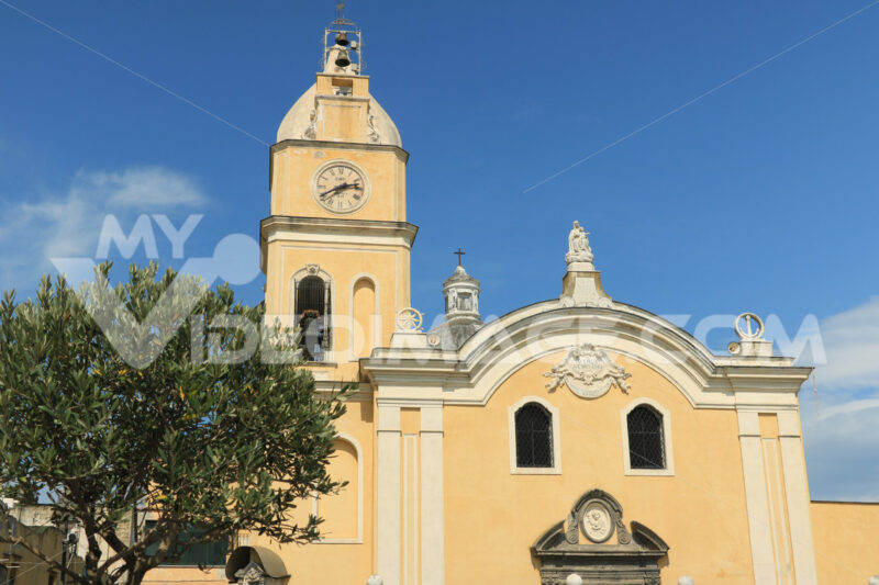 Chiesa Procida. Church with bell tower in Procida. Blue sky with clouds. - MyVideoimage.com | Foto stock & Video footage