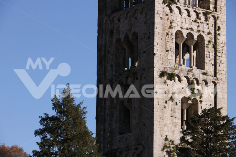 Chiesa a Lucca. Church of Santa Maria Assunta, Diecimo, Lucca, Tuscany, Italy. - MyVideoimage.com | Foto stock & Video footage