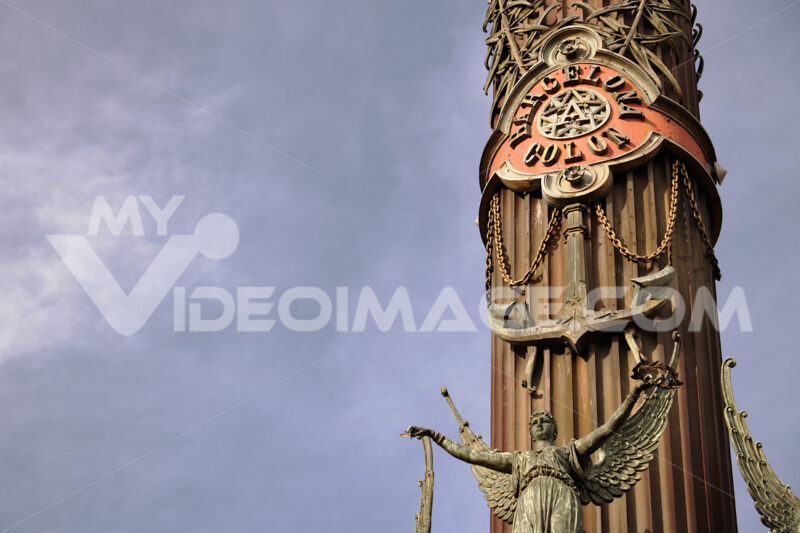 Christopher Columbus monument at the port of Barcelona - MyVideoimage.com