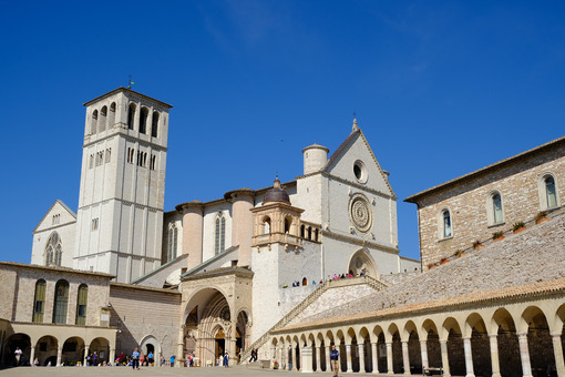 Church of San Francesco in Assisi. The basilica built in Gothic style consists of a lower and an upper church. - MyVideoimage.com