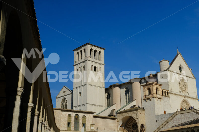 Church of San Francesco in Assisi. The basilica built in Gothic style consists of a lower and an upper church. - LEphotoart.com