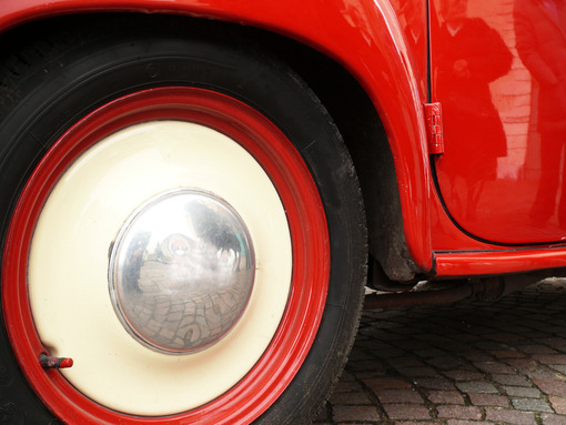 Close-up of a vintage Italian red car - MyVideoimage.com | Foto stock & Video footage