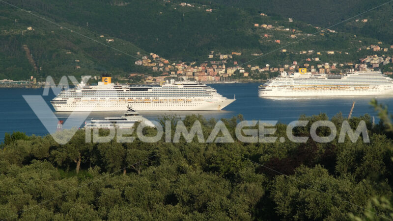 Costa cruises Costa Fascinosa and Costa Diadema cruise ships in the port of La Spezia. Stock photos. - MyVideoimage.com | Foto stock & Video footage