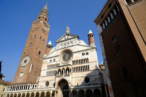 Cremona Cathedral and torrazzo. - MyVideoimage.com | Foto stock & Video footage