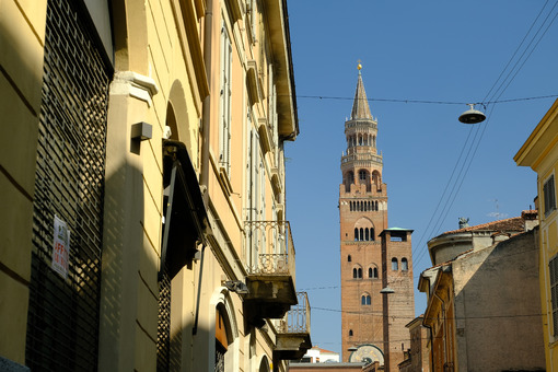Cremona tower Torrazzo of Cremona and palaces. Stock photos. - MyVideoimage.com | Foto stock & Video footage