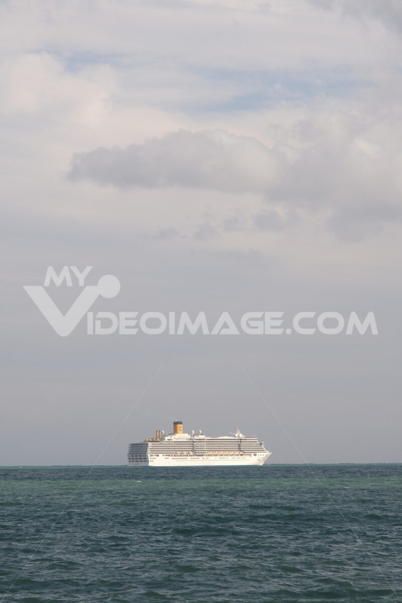 Cruise ship of the maritime company Costa Cruises in the Mediterranean. - MyVideoimage.com | Foto stock & Video footage