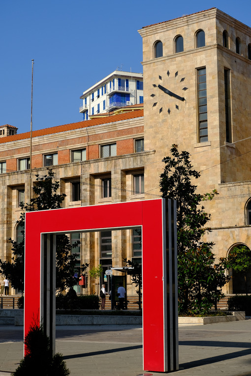 Daniel Buren, La Spezia. Tower with clock and red doors in the square. Stock photos. - MyVideoimage.com | Foto stock & Video footage