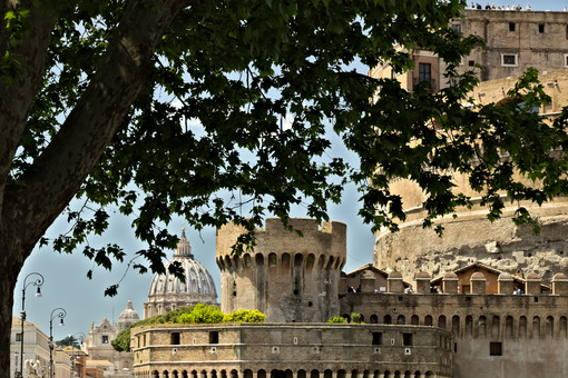 Detail of Castel Sant'Angelo with the LungoTevere trees. - MyVideoimage.com