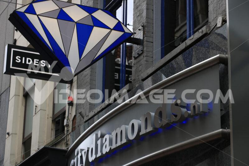 Diamond shop signboard in the city center. - MyVideoimage.com