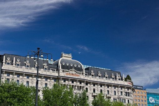 Facade of the Hotel Gallia in Milan, recently completely renovat - MyVideoimage.com