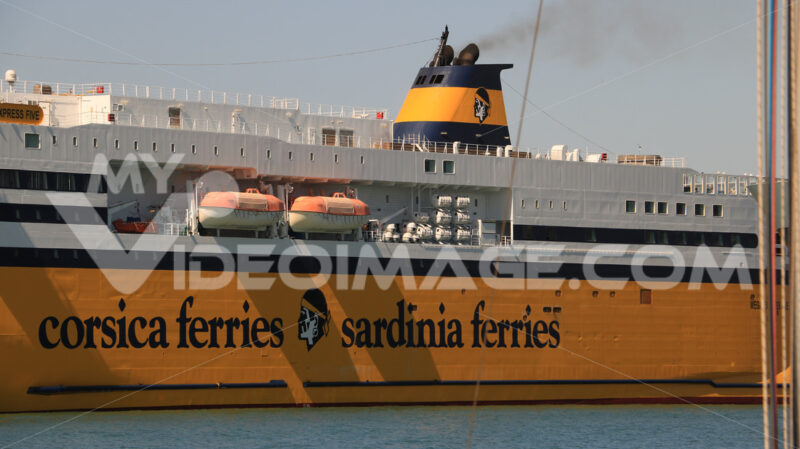 Ferry boat anchored in the port of Livorno. - MyVideoimage.com