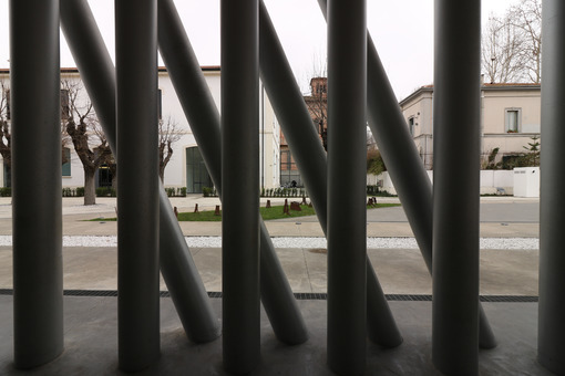 Forest of cylindrical columns at the museum of contemporary art in Rome MACRO. - MyVideoimage.com