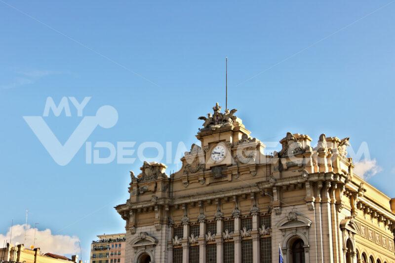 Genoa Brignole station. - MyVideoimage.com | Foto stock & Video footage