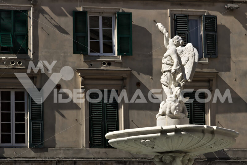 Genoa, Italy. 04/05/2019. Fountain of the Genio Marino - MyVideoimage.com | Foto stock & Video footage