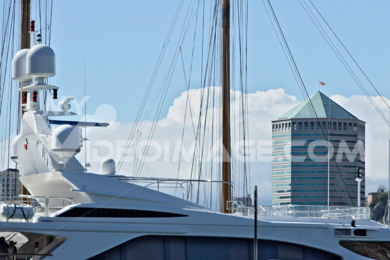 Genoa, Italy. 04/05/2019.  Tower of San Benigno - MyVideoimage.com   Foto stock & Video footage