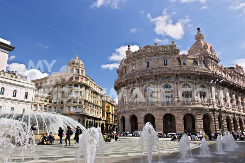Genoa. Fountain of Piazza de Ferrari. - MyVideoimage.com | Foto stock & Video footage
