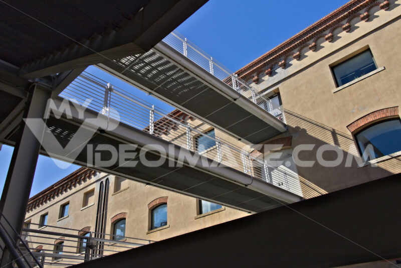 Genoa. Pedestrian walkways. - MyVideoimage.com | Foto stock & Video footage