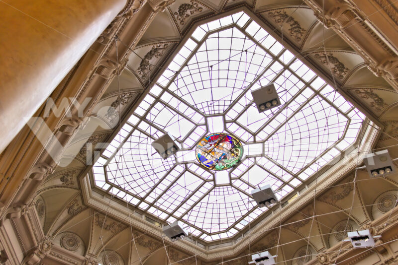 Genoa. Stock Exchange Building. Skylight - MyVideoimage.com | Foto stock & Video footage