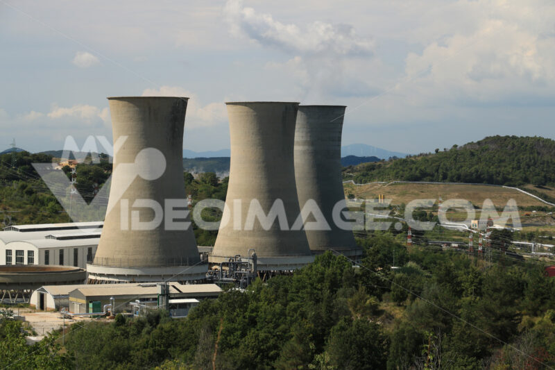 Geothermal power plant for electricity production. Condensation. Stock free photo. - MyVideoimage.com