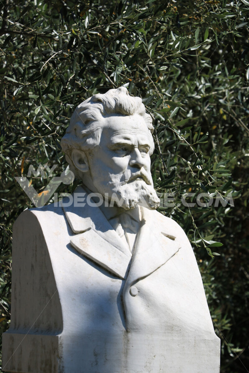 Giosuè Carducci poet. Marble sculpture. Bust at the birthplace o - MyVideoimage.com