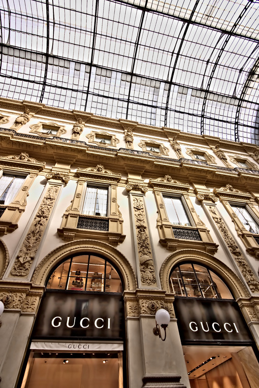 Gucci shop in the Galleria Vittorio Emanuele II in Milan. - MyVideoimage.com