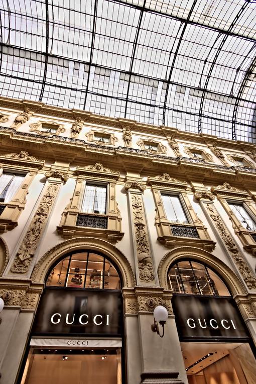 Gucci shop in the Galleria Vittorio Emanuele II in Milan. - MyVideoimage.com