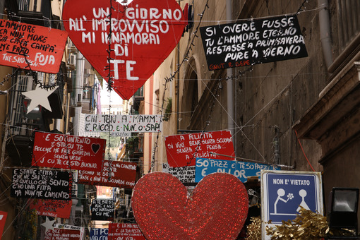 Heart-shaped signs praising love and painted red. - MyVideoimage.com