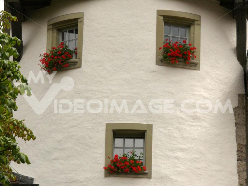 House with circular faade and windows. - MyVideoimage.com