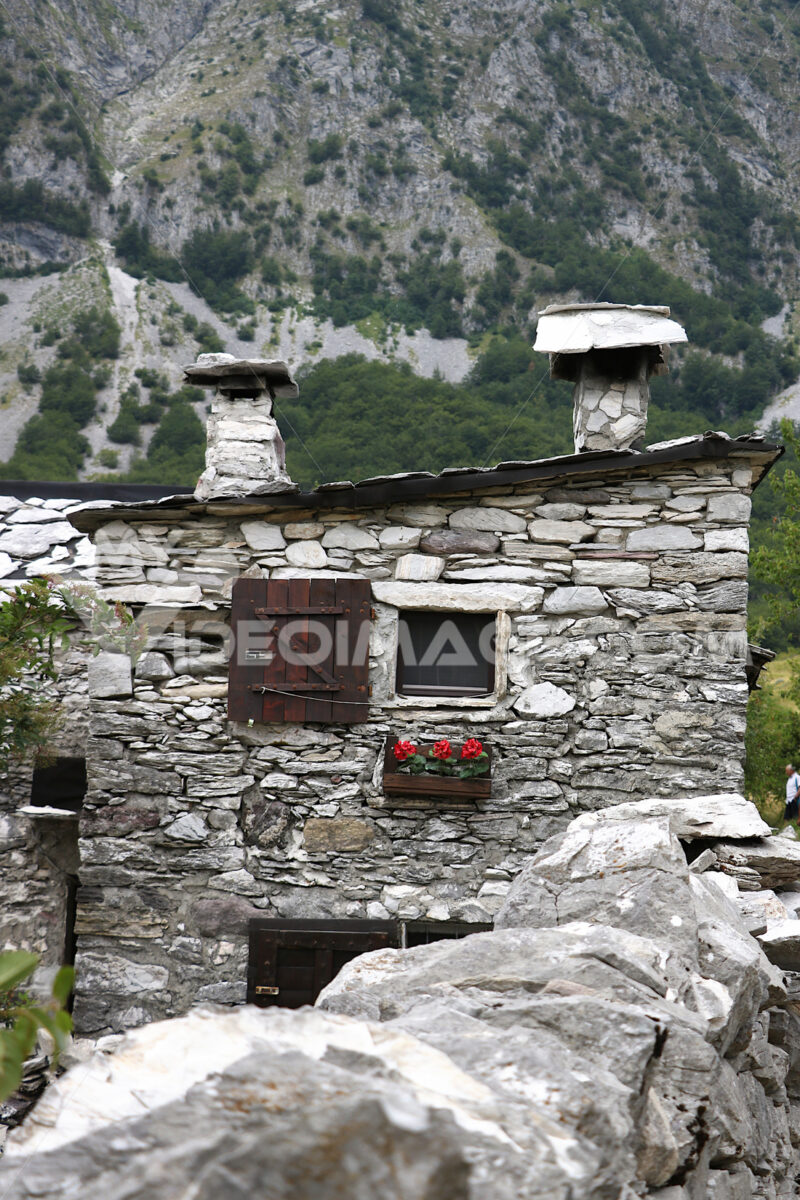 Houses in stone and white marble stones. Garfagnana, Campocatino, Apuan Alps, Lucca, Tuscany. Italy. - LEphotoart.com
