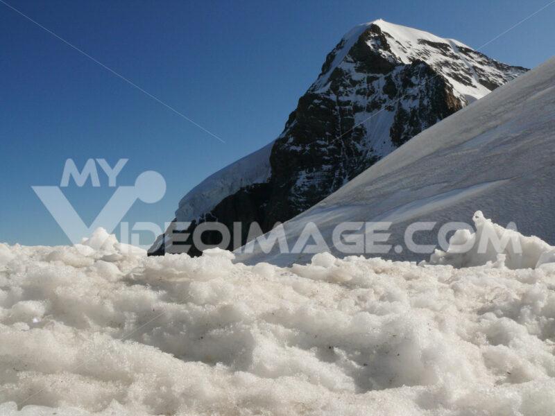 Jungfrau, Switzerland. 08/06/2009. The top of the mountain. Foto Svizzera. Switzerland photo