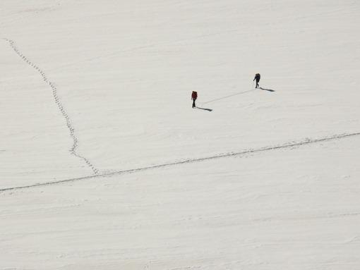 Jungfrau, Switzerland. People on snow trails. Foto Svizzera. Switzerland photo