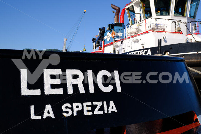Lerici tugboat anchored at the port of La Spezia. - MyVideoimage.com