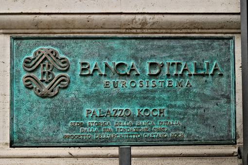 License plate of the Bank of Italy headquarters in Rome. Foto royalty-free - LEphotoart.com
