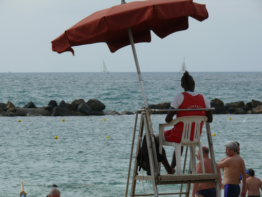 Lifeguard station at sea on the beach of Lerici. - MyVideoimage.com