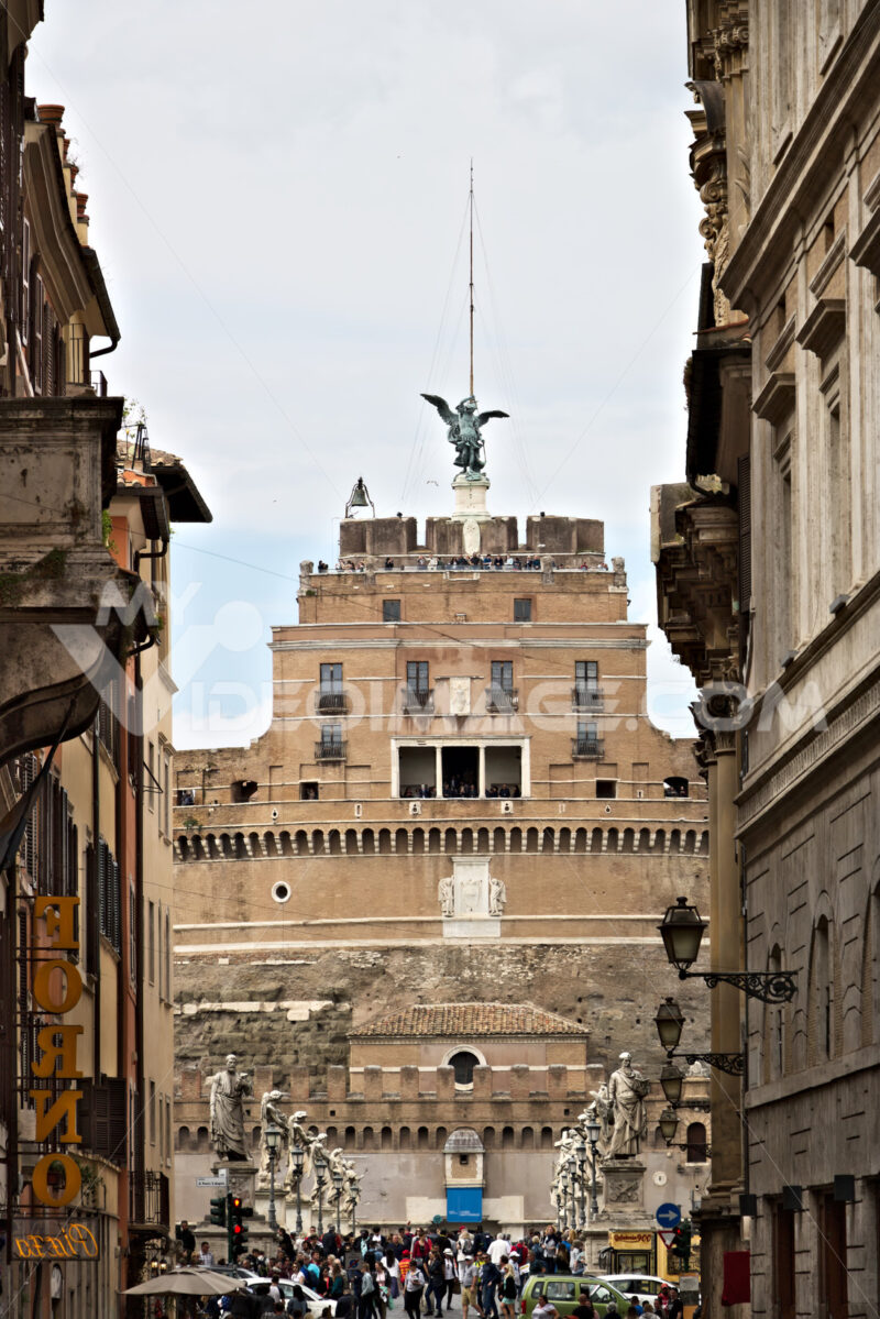 Main facade of Castel Sant'Angelo with the bridge over the Tiber - MyVideoimage.com