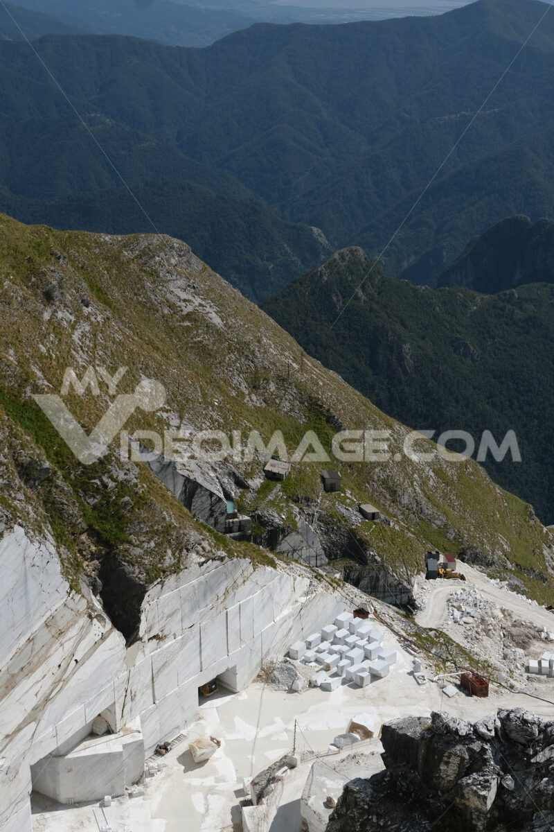 Marble quarry. White marble quarries on Monte Corchia. Stock photos. - MyVideoimage.com   Foto stock & Video footage
